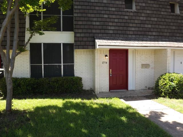 Rental Homes for Rent, ListingId:33489046, location: 1754 Belshire Court Ft Worth 76140