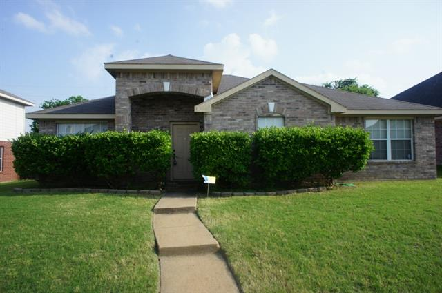 Rental Homes for Rent, ListingId:33501376, location: 1136 Shadywood Drive Cedar Hill 75104