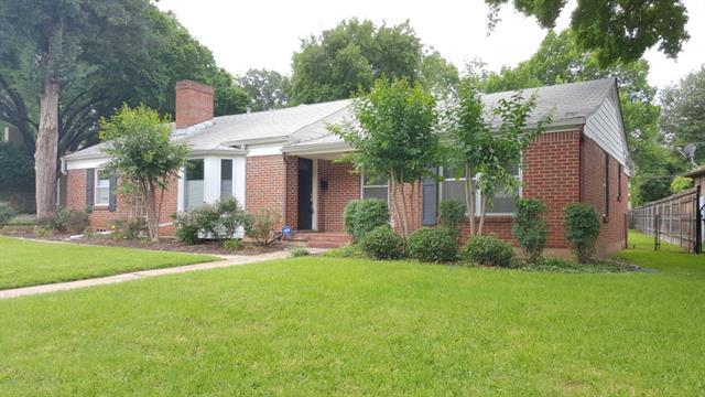 Rental Homes for Rent, ListingId:33501511, location: 613 Westwood Avenue Ft Worth 76107