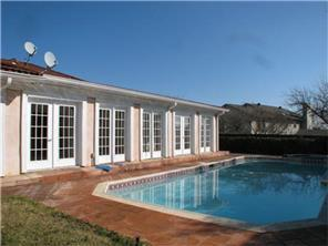 Rental Homes for Rent, ListingId:33510436, location: 304 E Northgate Drive Irving 75062