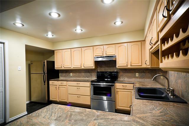 Rental Homes for Rent, ListingId:33517463, location: 3121 Rosedale Avenue University Park 75205