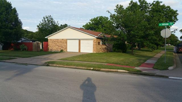 Rental Homes for Rent, ListingId:33517453, location: 348 Wintercrest Road Burleson 76028