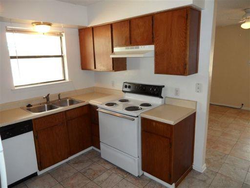 Rental Homes for Rent, ListingId:33538506, location: 4832 Wellesley Avenue Ft Worth 76107