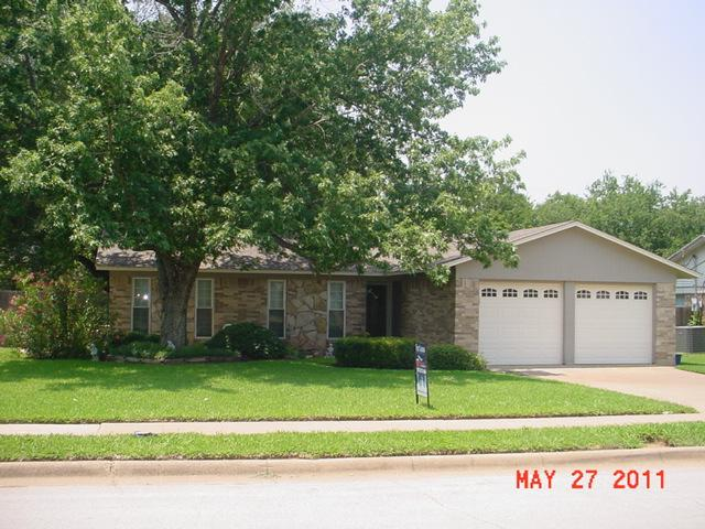Rental Homes for Rent, ListingId:33546722, location: 1009 Fayette Drive Euless 76039