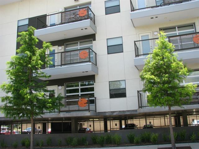 Rental Homes for Rent, ListingId:33569579, location: 1111 S Akard Street S Dallas 75215