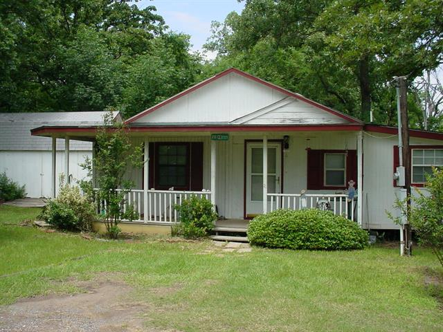 Photo of 212 Private Road 7721  Emory  TX