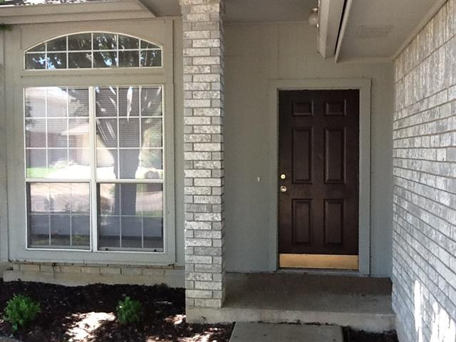 Rental Homes for Rent, ListingId:33602970, location: 5210 Cornvalley Drive Arlington 76017