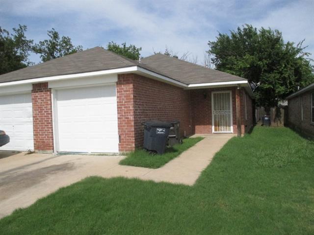 Rental Homes for Rent, ListingId:33586524, location: 1915 Birdell Street Ft Worth 76105