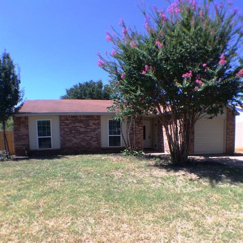 Rental Homes for Rent, ListingId:33969463, location: 3817 Longmeadow Way Ft Worth 76133