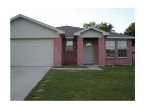 Rental Homes for Rent, ListingId:33664307, location: 8013 Sartain Drive Ft Worth 76120