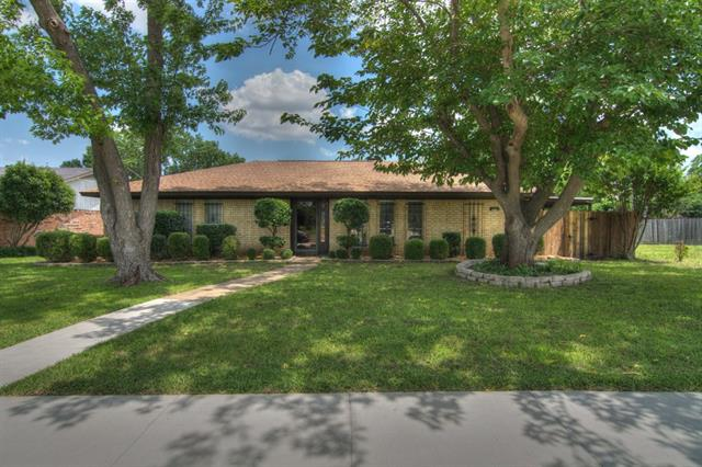 Rental Homes for Rent, ListingId:33679381, location: 1928 Forestdale Drive Richardson 75081