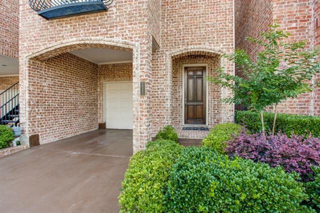 Single Family Home for Sale, ListingId:33715554, location: 18331 Frankford Lakes Circle Dallas 75252