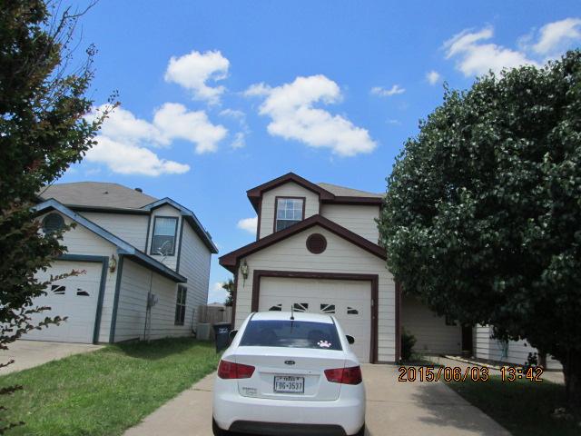 Rental Homes for Rent, ListingId:33715867, location: 7570 Kings Trail Ft Worth 76133