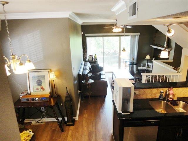 Rental Homes for Rent, ListingId:33719952, location: 2201 Wolf Street Dallas 75201