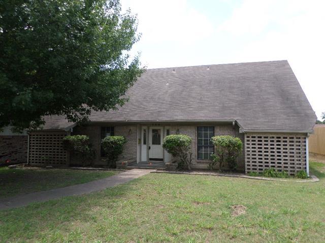 Real Estate for Sale, ListingId: 33830605, Duncanville,TX75116