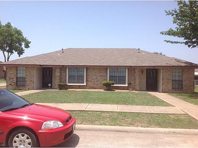 Rental Homes for Rent, ListingId:33767226, location: 1107 Valley View Drive Glenn Heights 75154