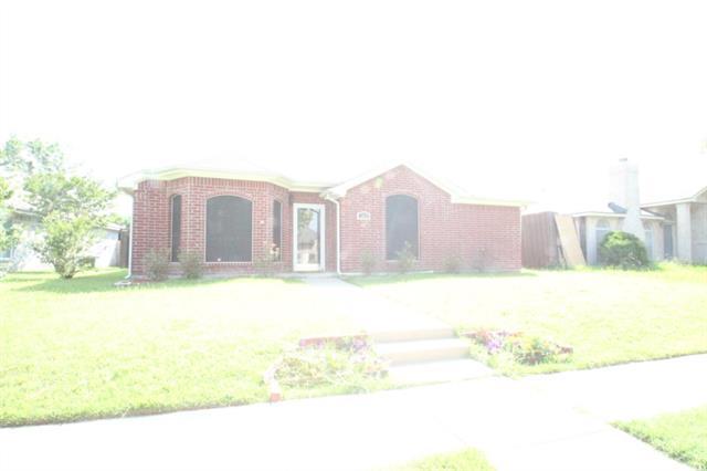 Rental Homes for Rent, ListingId:33779001, location: 2820 Hidden Springs Drive Mesquite 75181