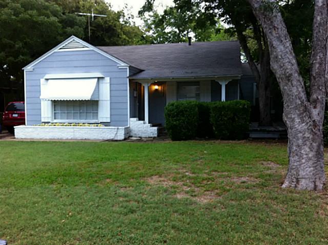 Rental Homes for Rent, ListingId:33830540, location: 3563 Kell Street Ft Worth 76109