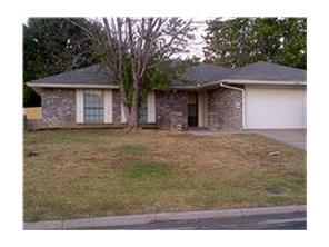 Rental Homes for Rent, ListingId:34083216, location: 5901 Chapel Downs Court Arlington 76017