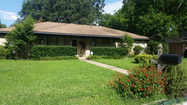 Rental Homes for Rent, ListingId:33819739, location: 1909 Weymouth Court Arlington 76013
