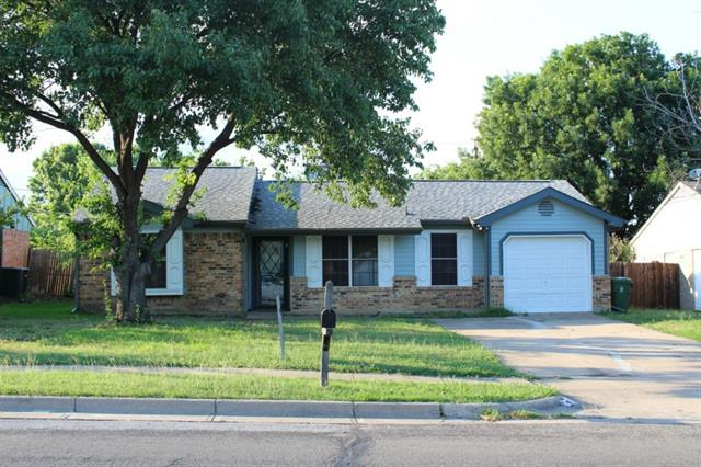 Rental Homes for Rent, ListingId:33819798, location: 1417 Caplin Drive Arlington 76018