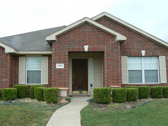 Rental Homes for Rent, ListingId:33821112, location: 1323 Rabbit Ridge Cedar Hill 75104