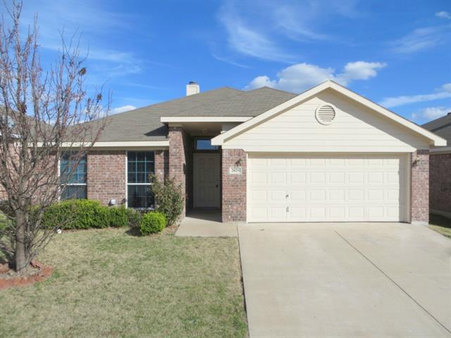 Rental Homes for Rent, ListingId:33969530, location: 2825 Wakecrest Drive Ft Worth 76108