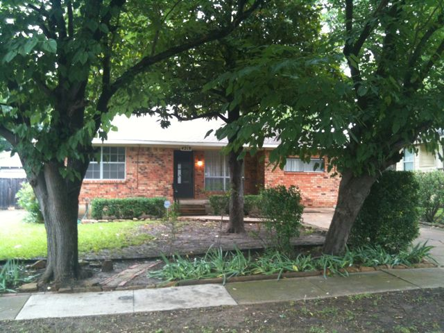 Rental Homes for Rent, ListingId:33829892, location: 4219 Bonham Street Dallas 75229