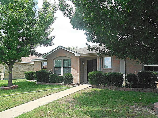 Rental Homes for Rent, ListingId:33862618, location: 140 Palm Drive Lancaster 75146