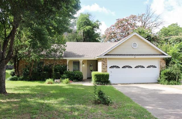 Rental Homes for Rent, ListingId:33862099, location: 109 E Redbud Drive Hurst 76053