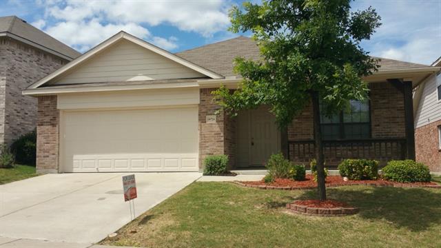 Rental Homes for Rent, ListingId:33863458, location: 10724 Bluestone Road Ft Worth 76108