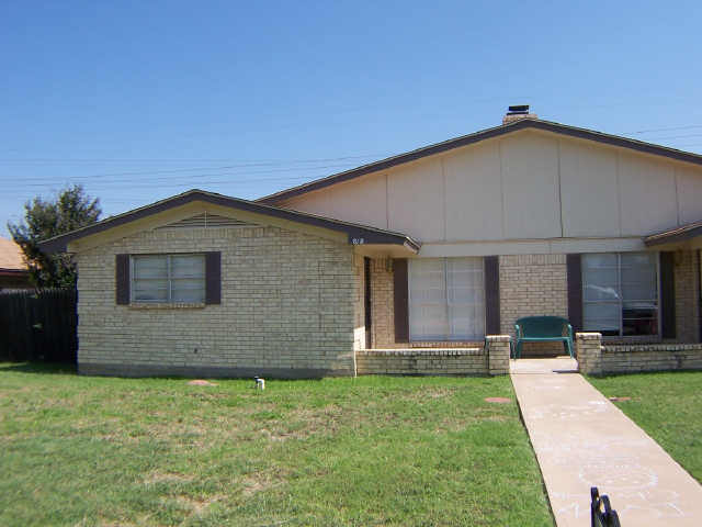 Rental Homes for Rent, ListingId:33874075, location: 820 Vista Lane Abilene 79601