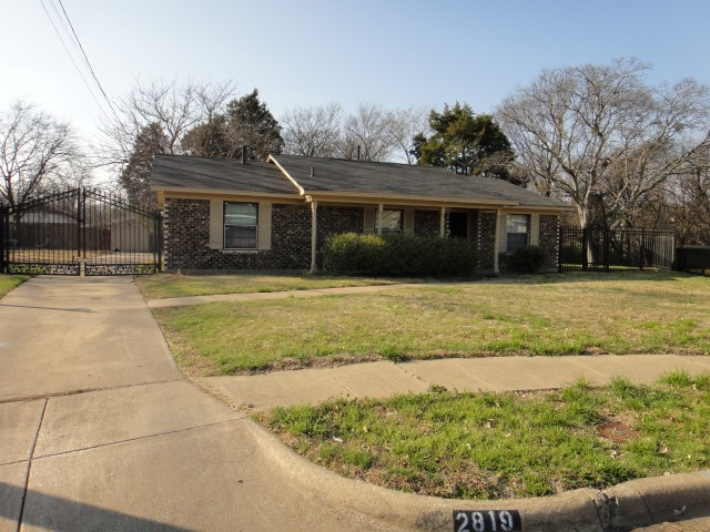 Rental Homes for Rent, ListingId:33882836, location: 2819 Blanton Street Dallas 75227