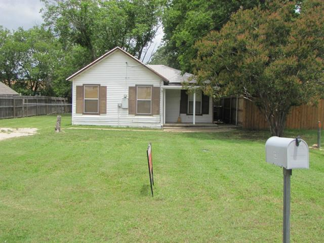Rental Homes for Rent, ListingId:33882862, location: 133 E King Street E Burleson 76028