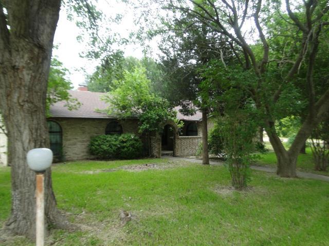 Rental Homes for Rent, ListingId:34048309, location: 4802 N Interstate Highway 45 Ennis 75119
