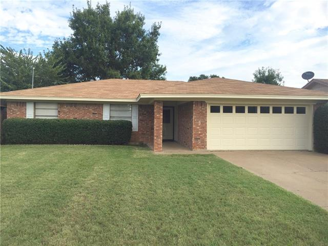 Photo of 1117 Corvadura Street  Graham  TX