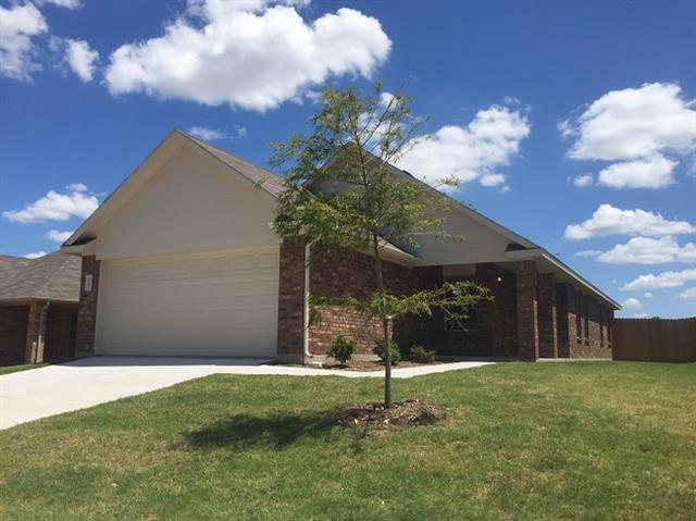 Rental Homes for Rent, ListingId:33924052, location: 4201 Summersweet Lane Ft Worth 76035