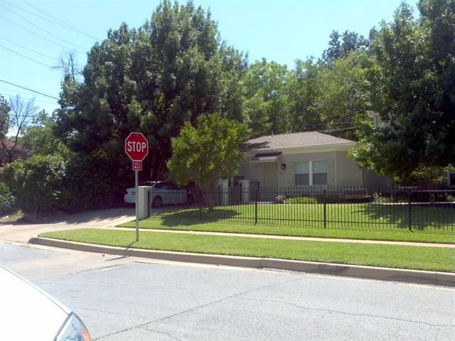 Rental Homes for Rent, ListingId:33924004, location: 2800 Parmer Avenue Ft Worth 76109