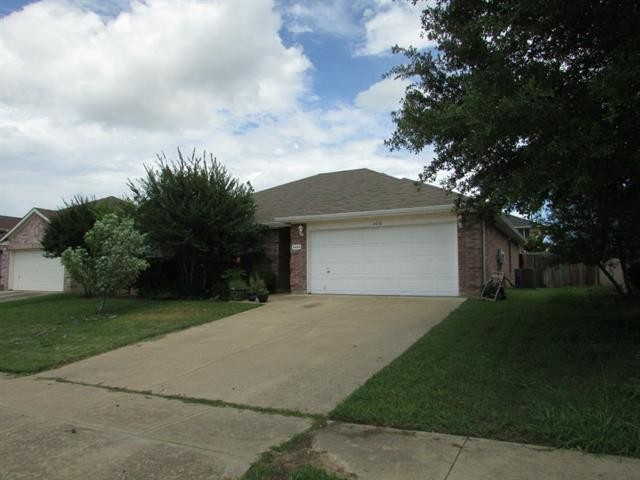 Rental Homes for Rent, ListingId:33923819, location: 4474 Savage Station Drive Grand Prairie 75052