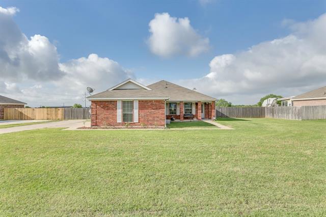 Real Estate for Sale, ListingId: 33943490, Crowley,TX76036