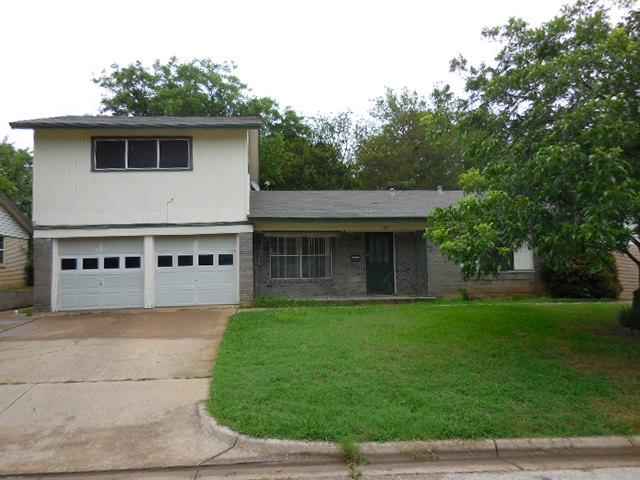 Rental Homes for Rent, ListingId:33934895, location: 1711 England Road Arlington 76013