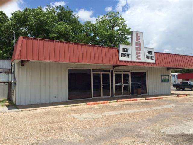 901 N Center St, Bonham, TX 75418