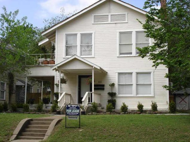 Rental Homes for Rent, ListingId:34000632, location: 111 N Winnetka Avenue Dallas 75208