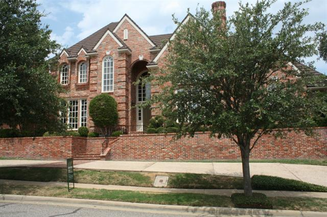 Rental Homes for Rent, ListingId:34011213, location: 4509 Windsor Ridge Drive Irving 75038