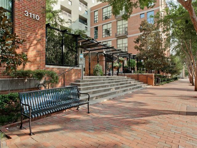 Rental Homes for Rent, ListingId:34048335, location: 3110 Thomas Avenue Dallas 75204