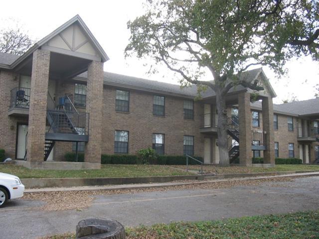Rental Homes for Rent, ListingId:34059322, location: 511 W Oak Street W Weatherford 76086