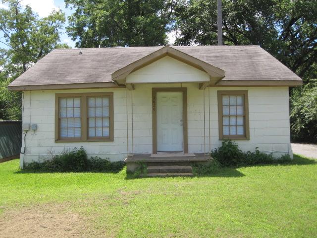 2820 W Elm St, Denison, TX 75020