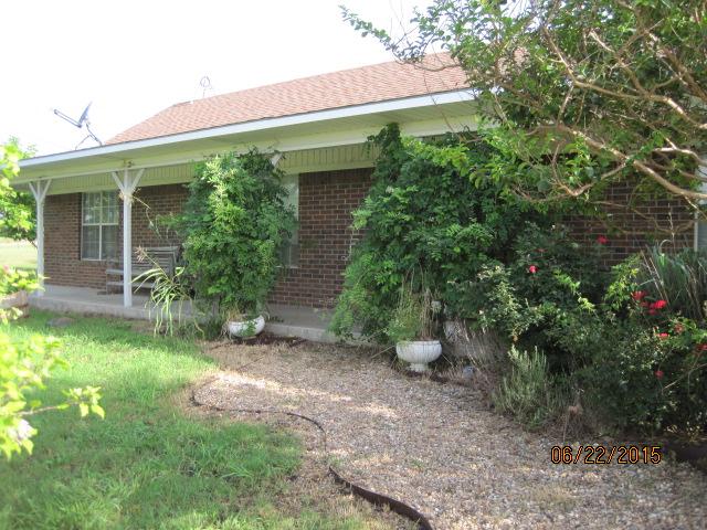 275 Spring Town Rd, Van Alstyne, TX 75495
