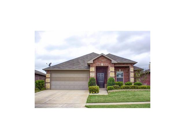 Rental Homes for Rent, ListingId:34075515, location: 1366 Emily Court Burleson 76028