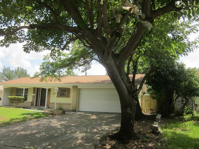 Rental Homes for Rent, ListingId:34083146, location: 3206 Strait Street Irving 75062